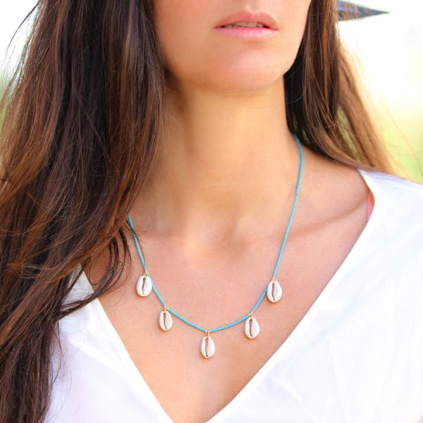 Collier turquoise et coquillages